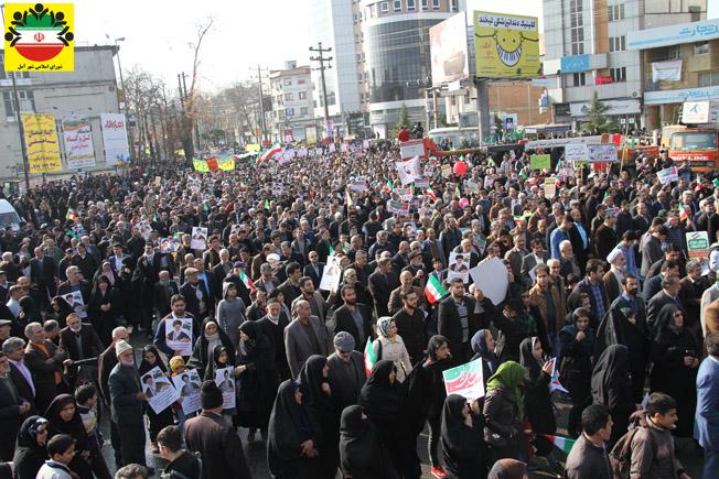 حماسه حضور مردم آمل در راهپیمایی ۲۲ بهمن – عکس